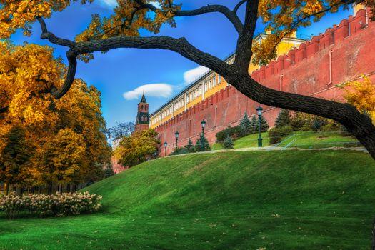 Фото бесплатно осень, газон, Кремль