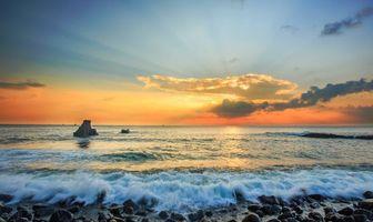 Заставки закат, море, камни, скалы, берег, пейзаж