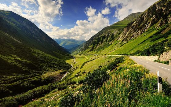 Заставки горы, трава, ручей