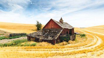 Бесплатные фото поле,руины,старый дом,пейзаж