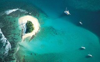 Бесплатные фото тропики,море,яхты,остров,вид с верху