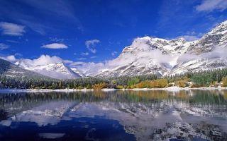 Бесплатные фото озеро,отражение,лес,горы,снег,облака,небо