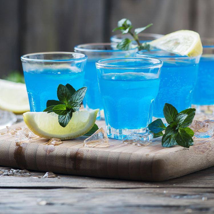 Маленький столик за углом - Том VII - Страница 56 Alcoholic-cocktail-alkogolnyy-kokteyl-napitok-io1x