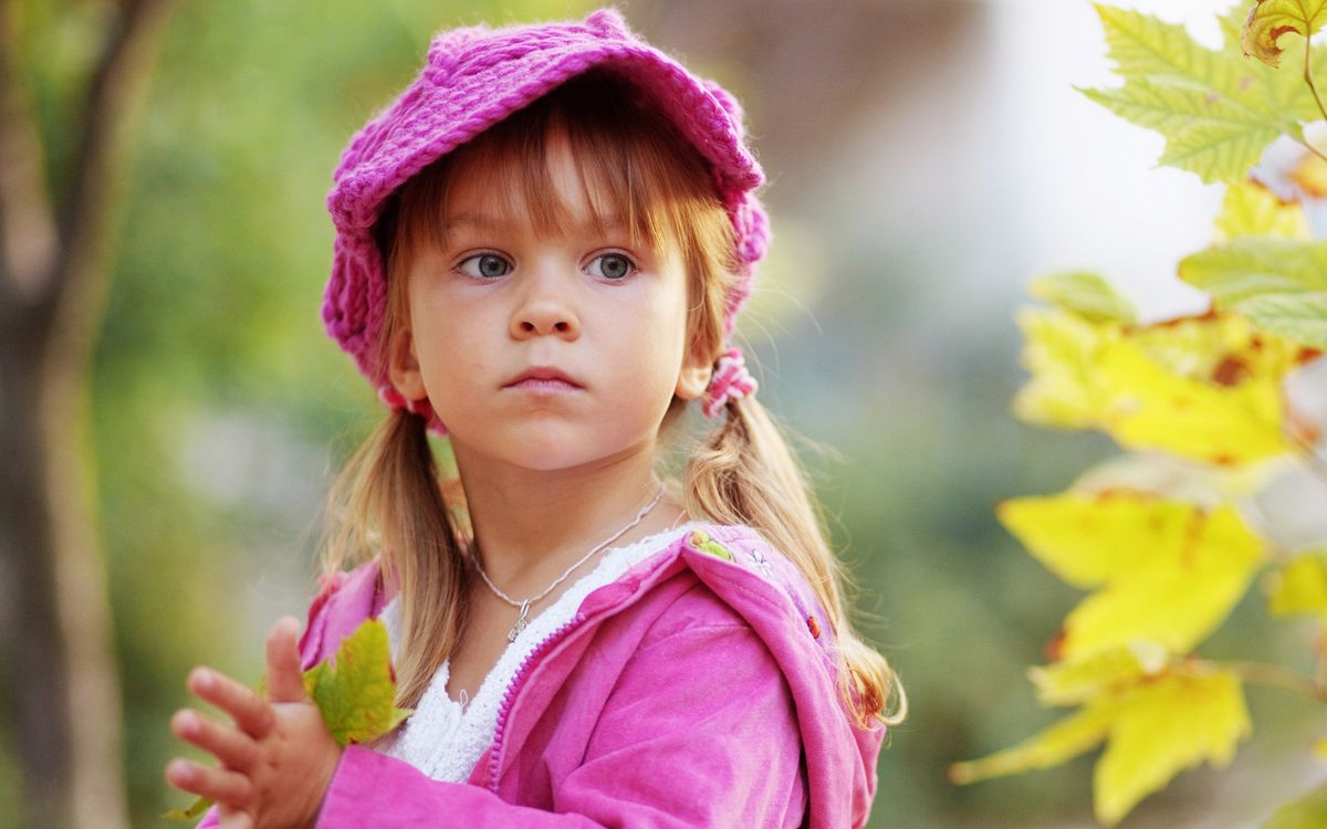 Фото бесплатно девочка, косички, кепка - на рабочий стол