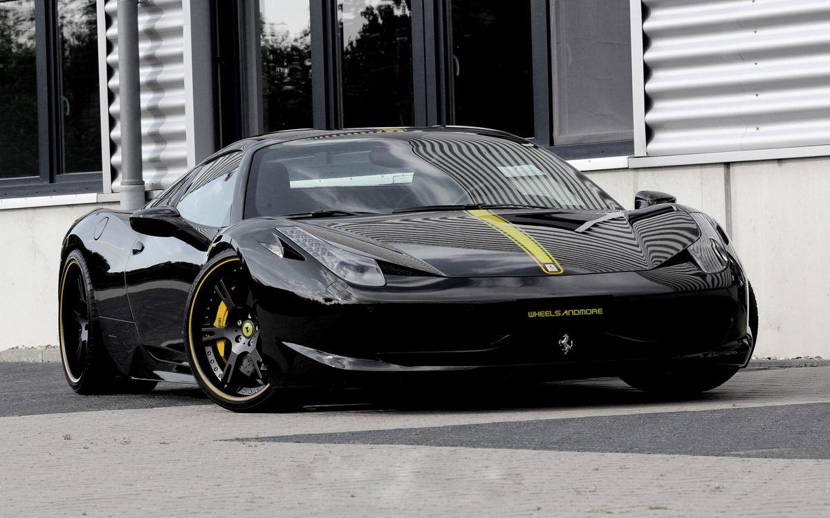 Фото бесплатно феррари, черная, спорткар, фары, диски, здание, машины