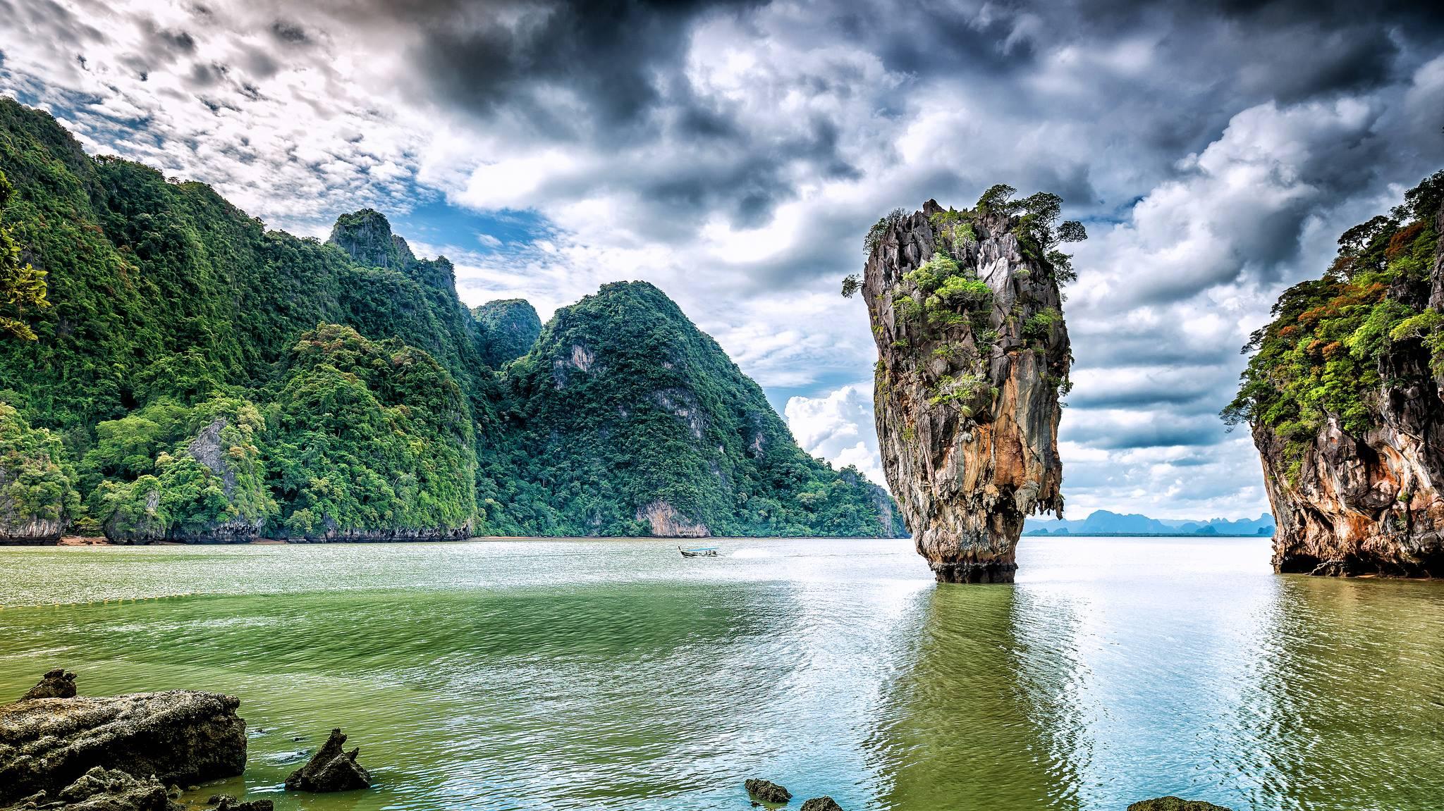 Остров Джеймса Бонда, Пхангнга, Таиланд