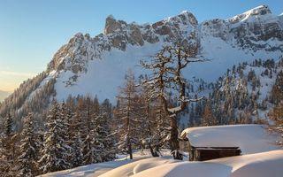Бесплатные фото зима,горы,скалы,деревья,строение,снег,сугробы