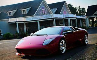 Бесплатные фото ламборджини,вишневая,фары,диски,дорога,улица,дома