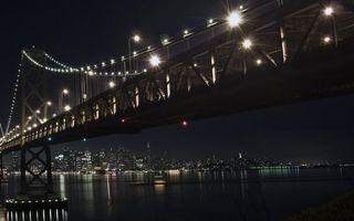 Бесплатные фото ночь, река, мост, фонари, горизонт, дома, небоскребы