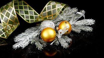 Фото бесплатно фон, шарики, елка