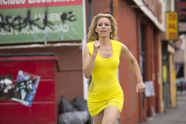 обои Блондинка в эфире, кадр из фильма, Элизабет Бэнкс, фильм картинки фото