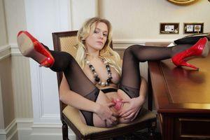 Бесплатные фото Aislin,модель,эротика,красотка,девушка,голая,голая девушка