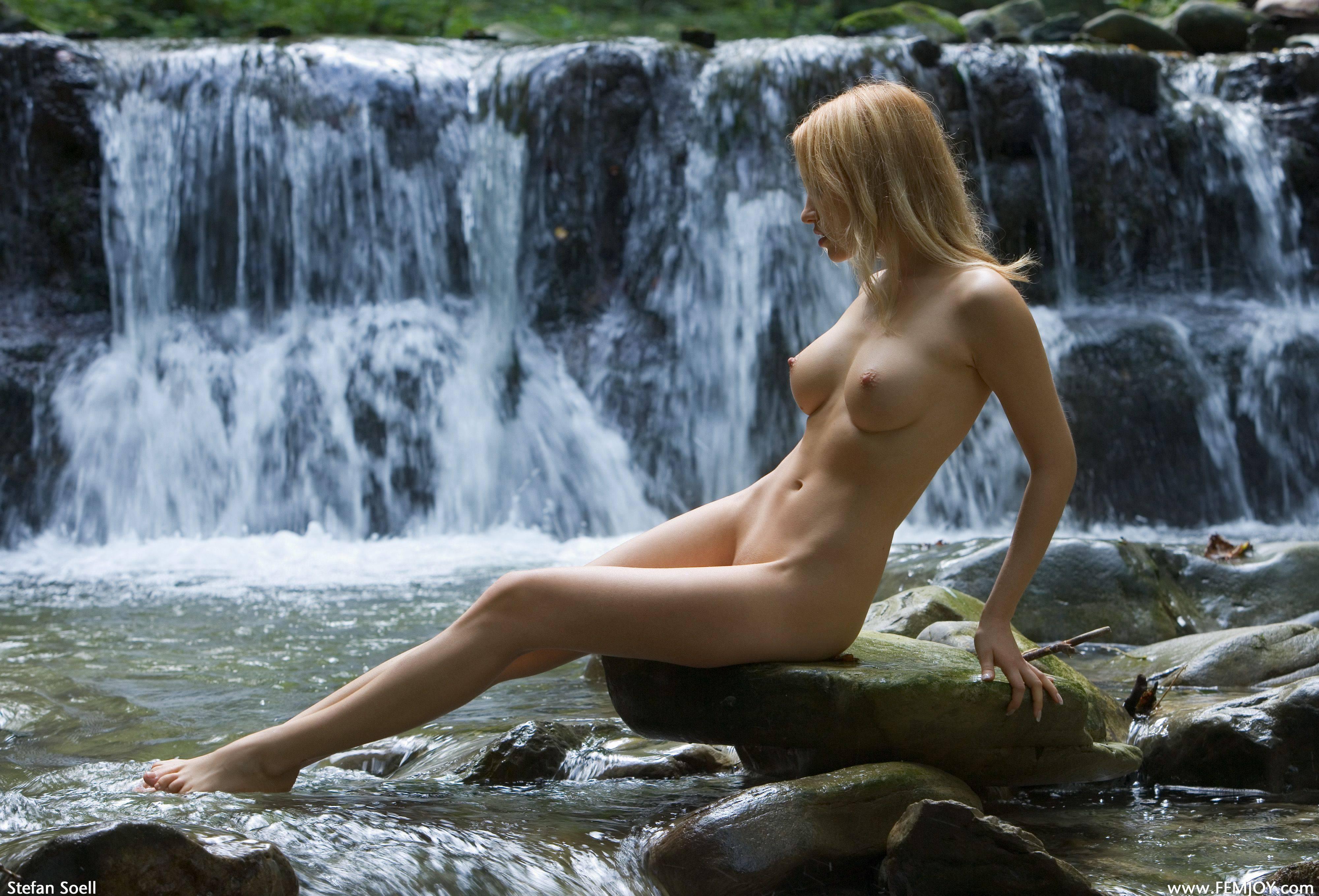Красивые фотографии эротика девушки — photo 15