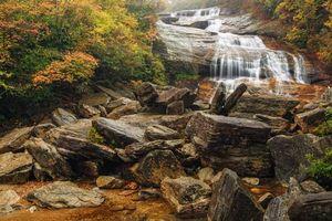 Фото бесплатно Second Falls, Северная Каролина, осень, водопад, скалы, камни, деревья, природа