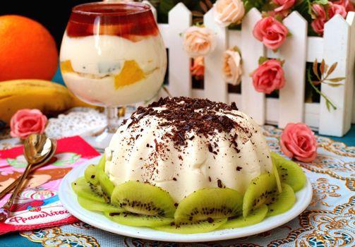 Бесплатные фото десерт,шоколад,киви,пудинг