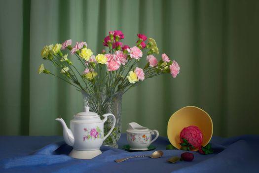 Бесплатные фото ваза,цветы,чайник,натюрморт