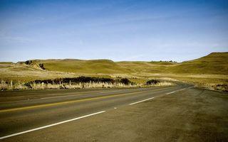 Бесплатные фото дорога,асфальт,разметка,обочина,трава,холмы,небо