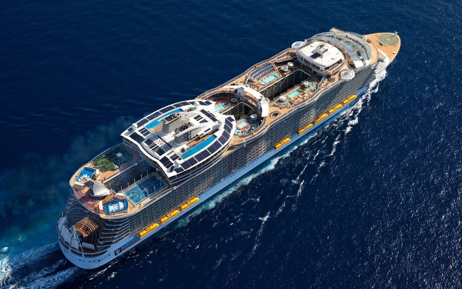 Обои круизный корабль, бассейны, люди, вид сверху