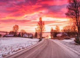 Бесплатные фото закат, зима, дорога, поля, холмы, дома, деревья