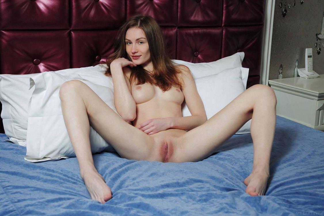 Фото бесплатно Celia, модель, эротика, красотка, девушка, голая, голая девушка, обнаженная девушка, позы, поза, эротика