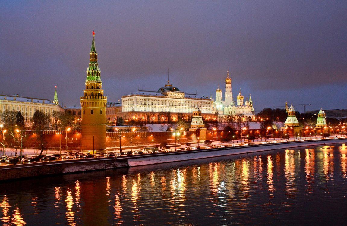 Фото бесплатно Москва, Россия, Кремль, Москва река, ночь, огни, иллюминация, город