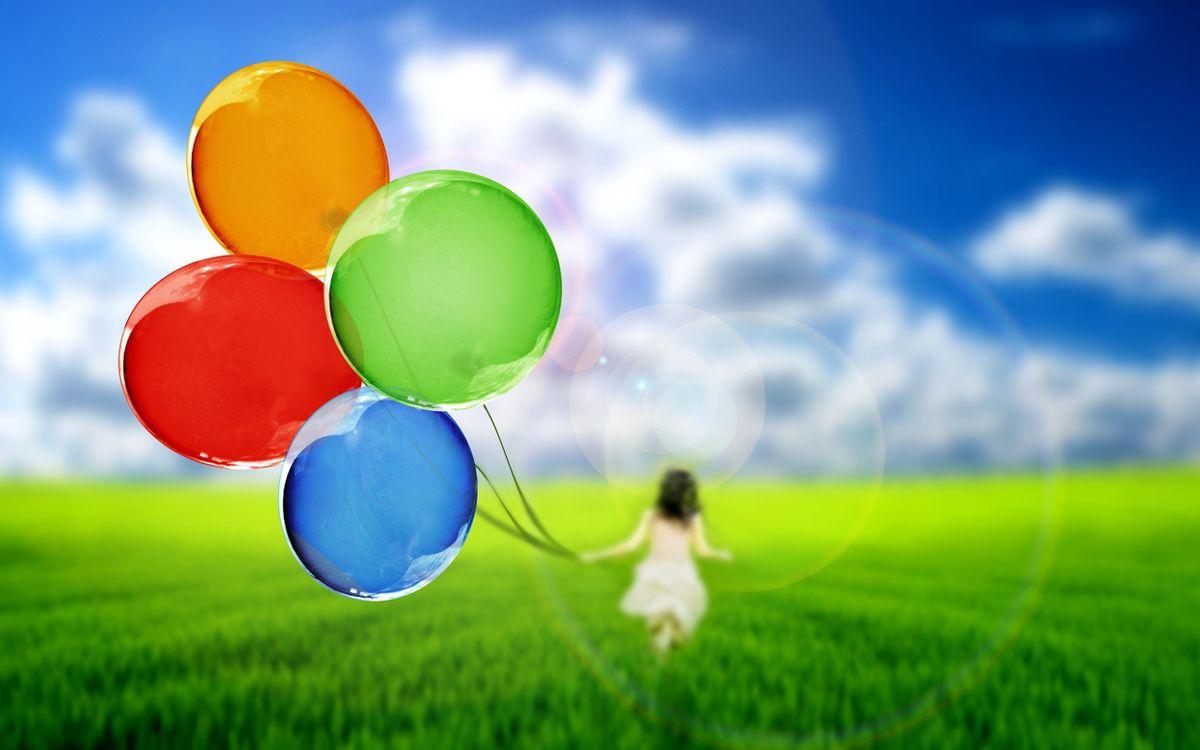 Обои поле, трава, девочка, воздушные шарики, небо, облака картинки на телефон
