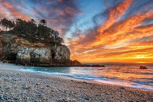 Обои Залив Шалёр, Канада, закат, море, берег, скалы, деревья, пейзаж