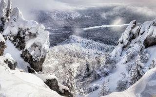 Бесплатные фото зима,горы,скалы,камни,деревья,снег,облака