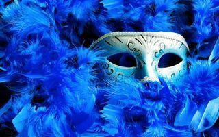 Фото бесплатно пух, перья, маска