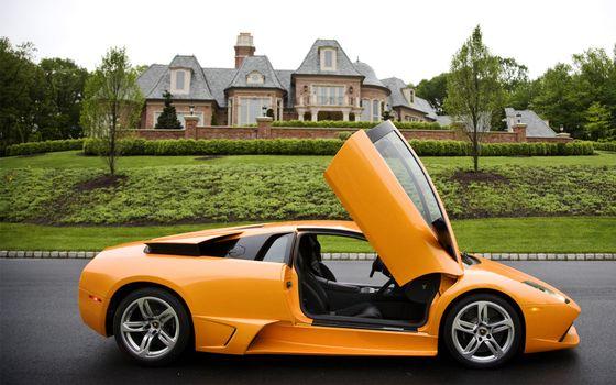 Заставки ламборджини, оранжевая, двери вверх, дорога, газон, особняк