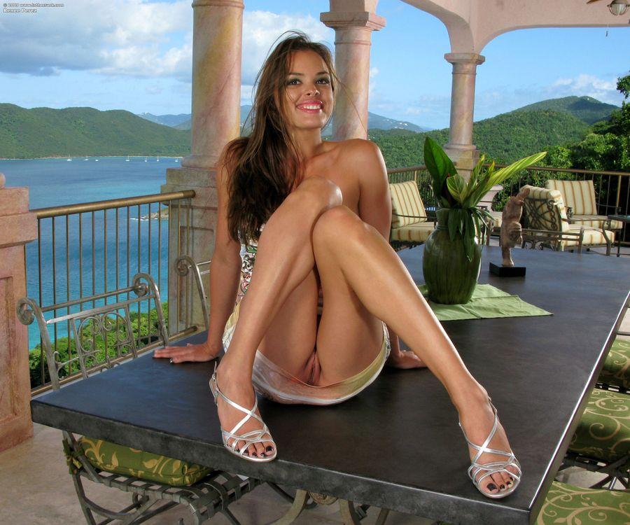 Фото бесплатно Renee Perez, модель, красотка, голая, голая девушка, обнаженная девушка, позы, поза, сексуальная девушка, эротика, эротика
