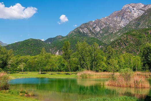 Фото бесплатно горы, водоём, деревья