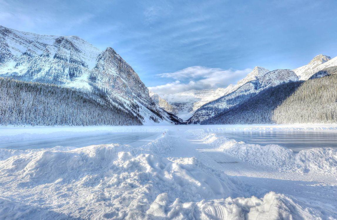 Фото бесплатно озеро Луиз, Банф, Канада, зима, озеро, горы, деревья, пейзаж, пейзажи