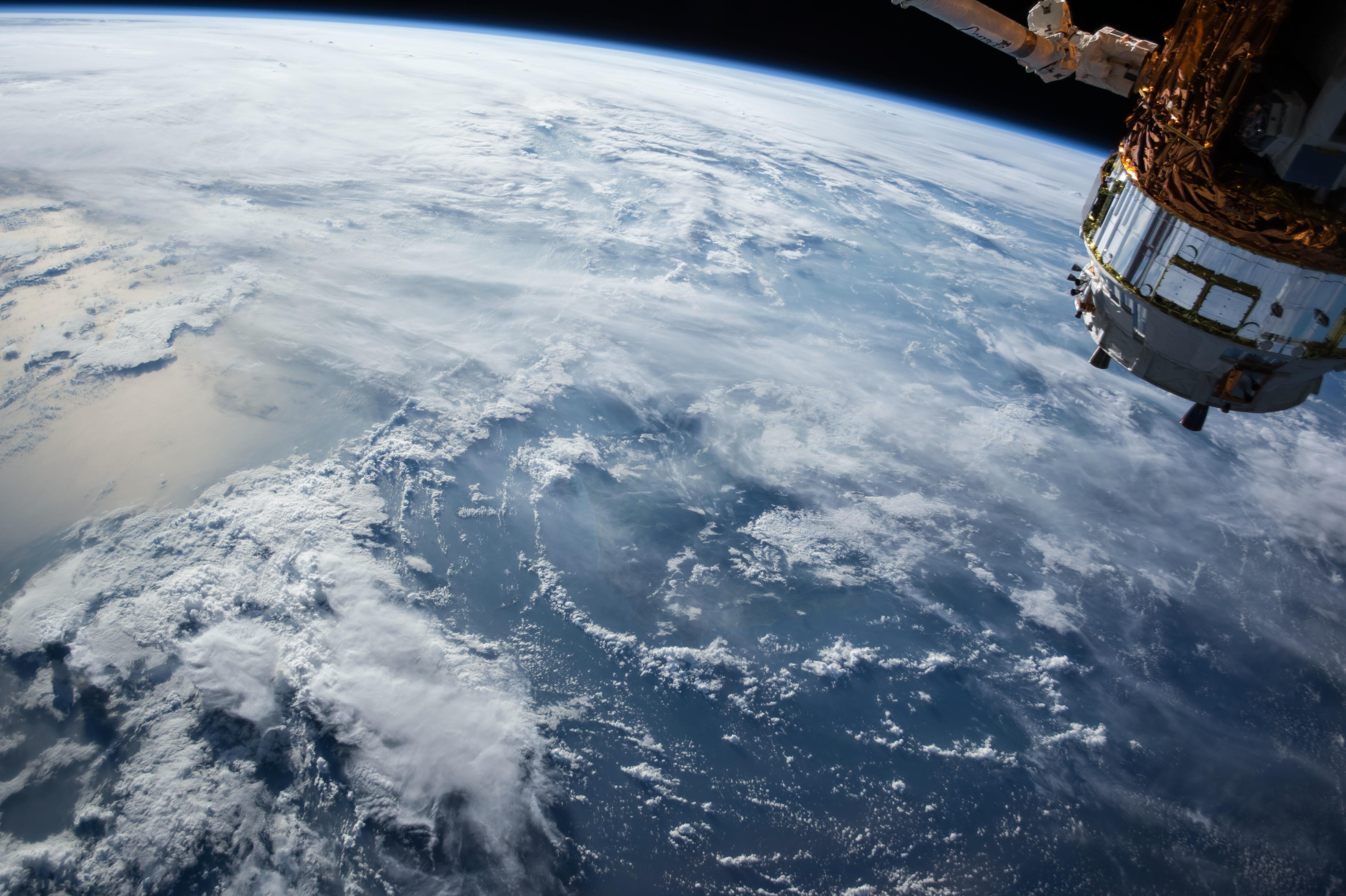 Обои космос, планета, спутник