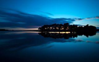 Бесплатные фото вечер,река,гладь,деревья,небо,облака
