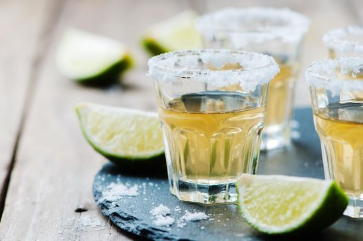 To download a picture alcoholic cocktail, a drink for desktop free