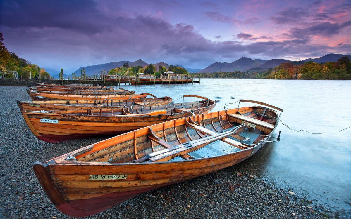 тут картинки лодки возле берега терплю