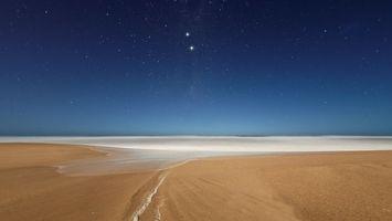 Фото бесплатно берег, песок, море, горизонт, небо, звезды