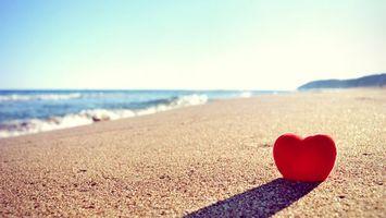 Photo free heart on the beach, sea, beach