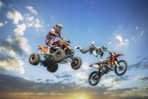 Фото бесплатно трюк, мотокросс, мотоцикл