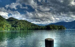 Бесплатные фото река, свая, берега, горы, деревья, небо, облака