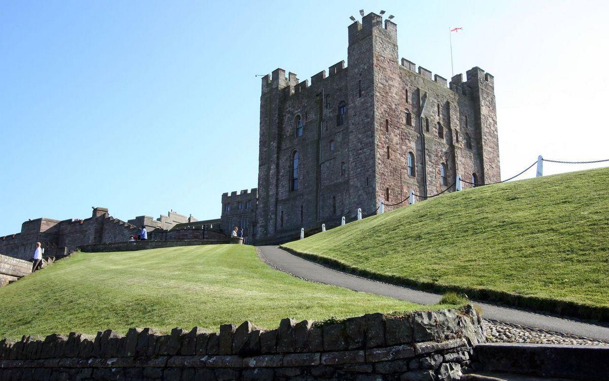 Фото бесплатно замок, крепость, тропинка - на рабочий стол