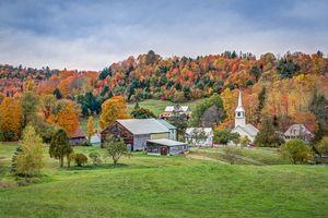 Обои New England, Vermont поля, дома, деревья, осень, пейзаж