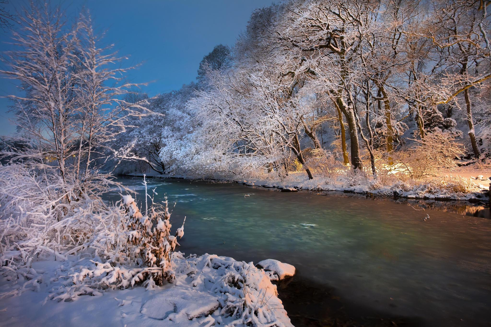 Обои закат, река, зима, деревья