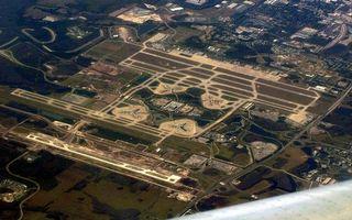Photo free airport, runways, roads