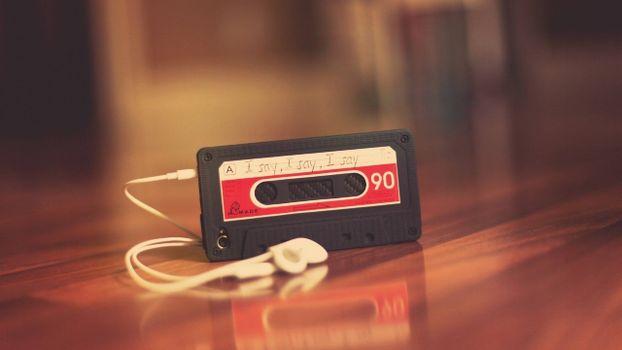 Заставки аудикассета, плеер, надпись