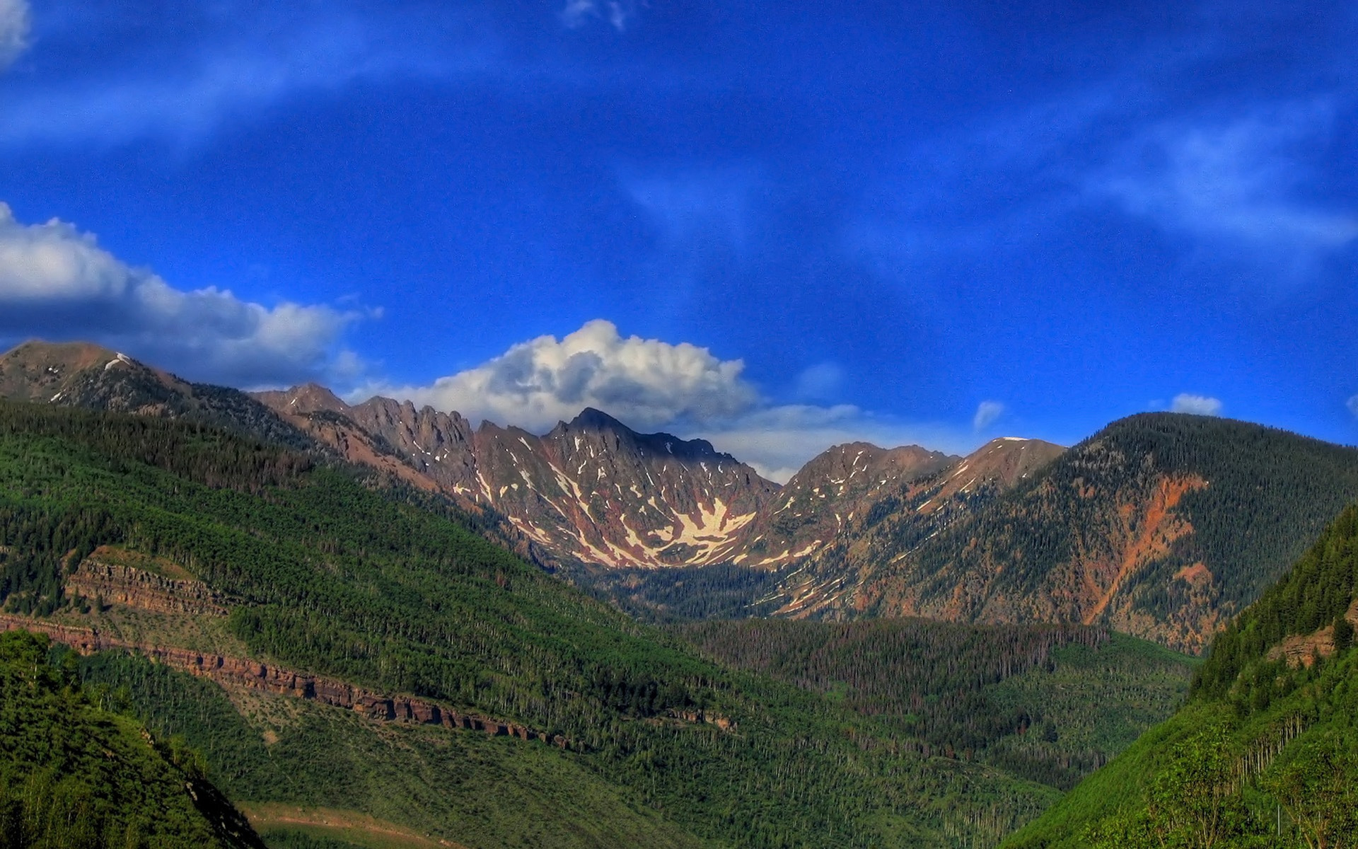 Горы скалы фото