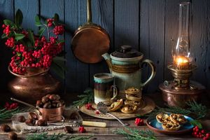 Бесплатные фото чайник,лампа,рябина,каштаны,кружка,натюрморт