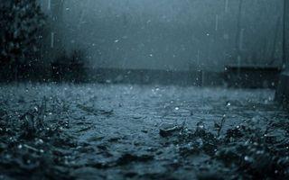 Фото бесплатно дождь, капли, лужа, вода, всплески, брызги