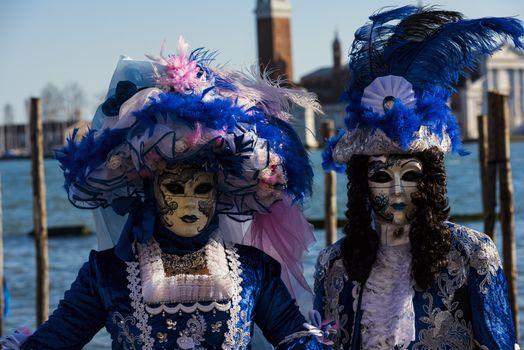 Фото бесплатно маски, костюмы, венецианский костюм